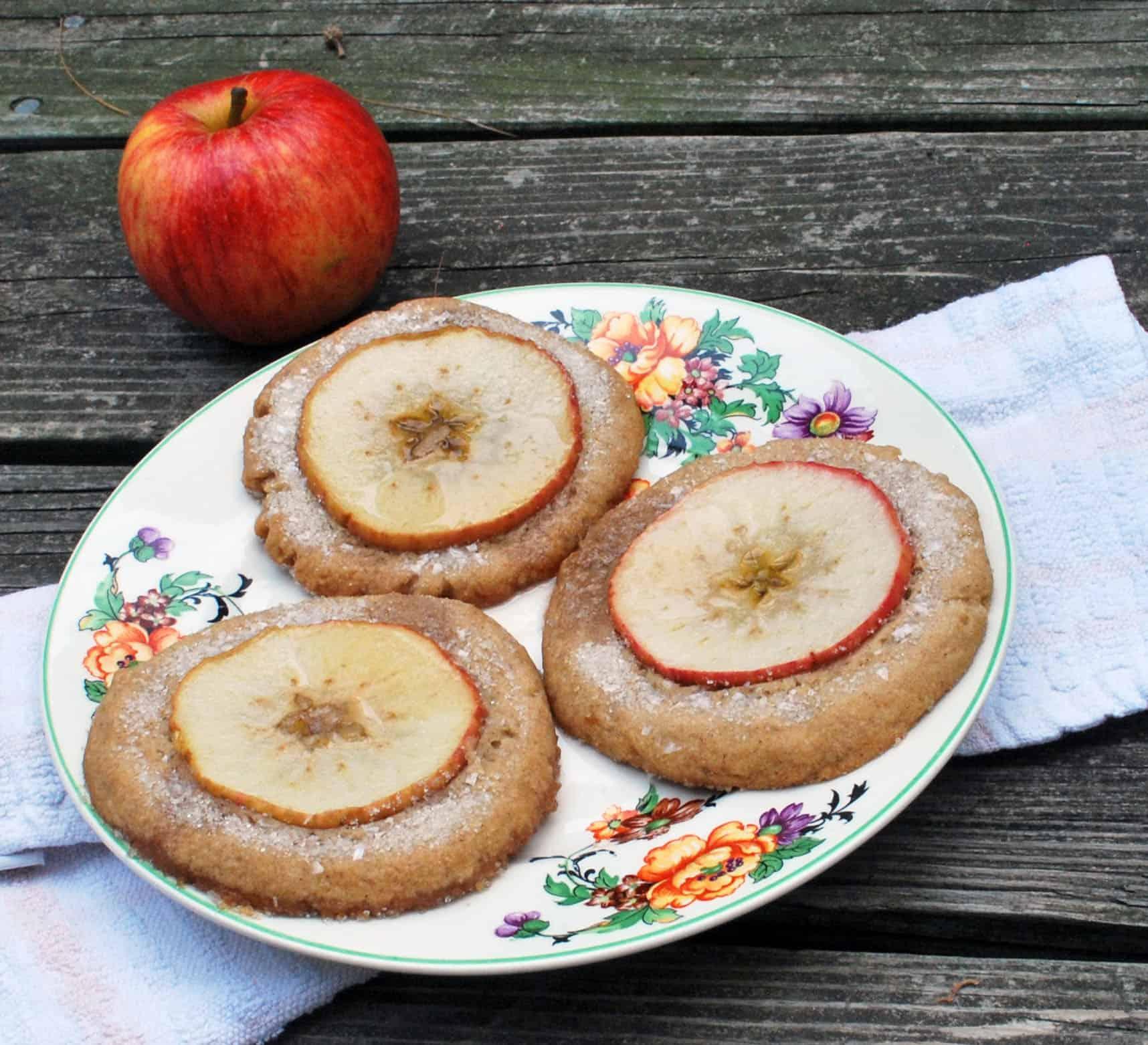 Nutmeg Ginger Apple Snaps