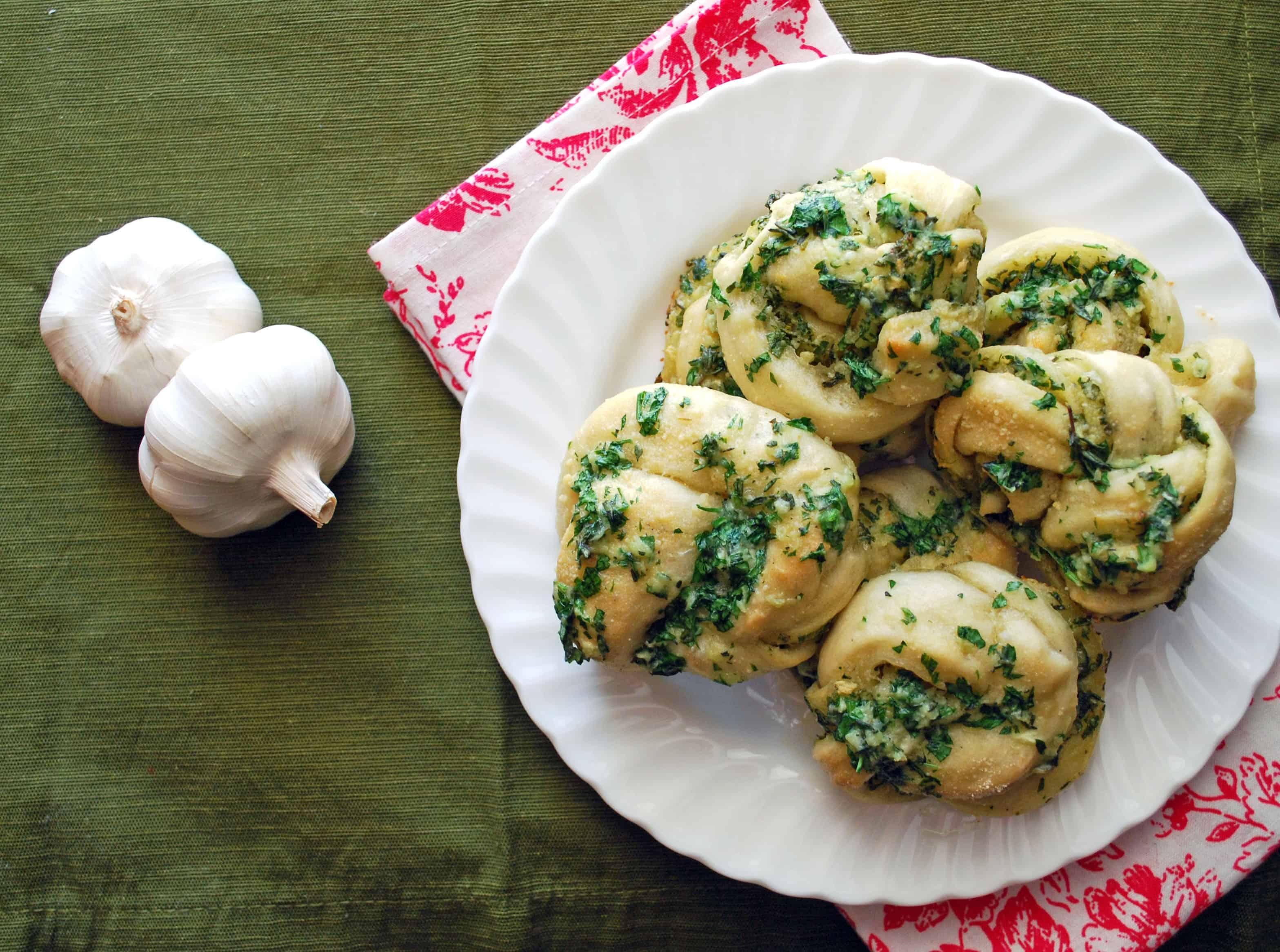 Garlic Parmesan Knots