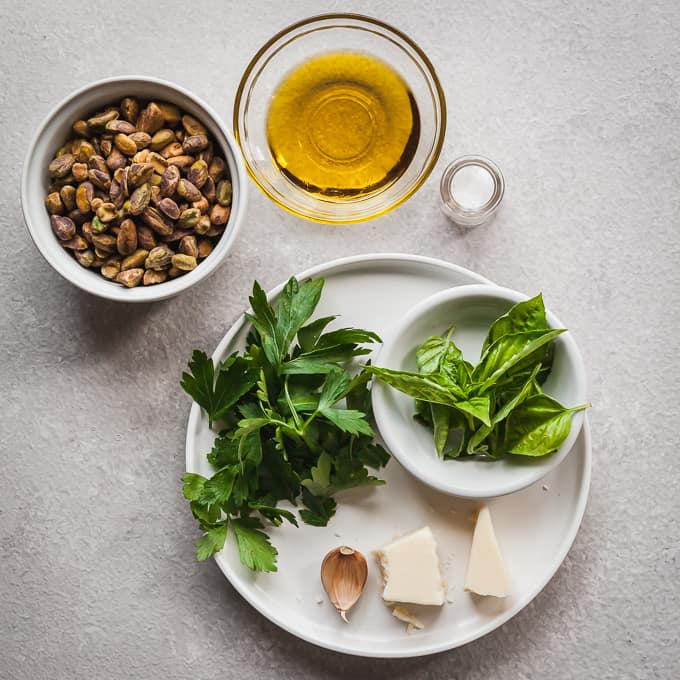 ingredients for homemade pistachio pesto