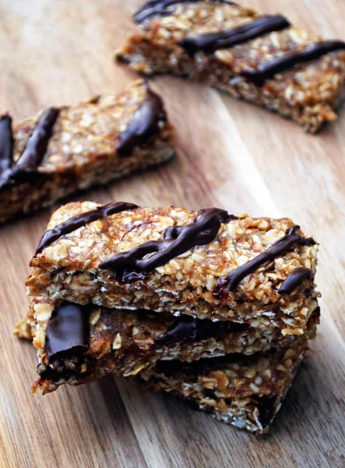 image of chewy granola bars on wooden surface