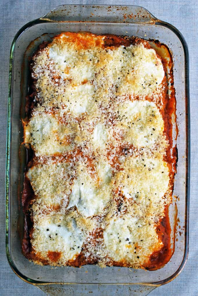 casserole dish with eggplant parmesan