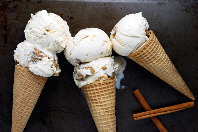 Gingerbread Cookie Dough Ice Cream - I need to make this for the holidays!