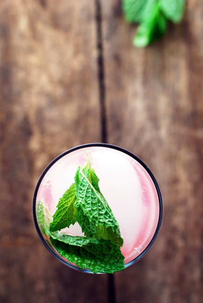 Watermelon Lime Mocktails - So refreshing and sweet! This is perfect for those times when alcohol is a no-go.