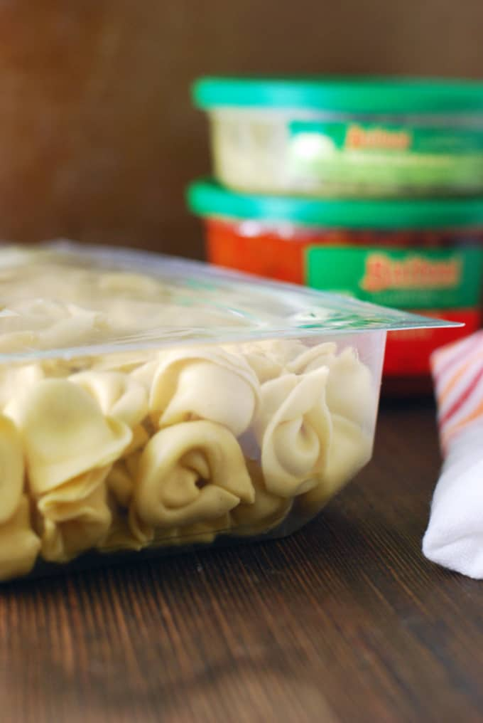 Tortellini with Garlic Chile Oil and Feta - A flavorful, fresh, 6 ingredient, FIFTEEN MINUTE meal!