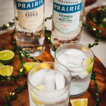 An Organic Date Night at Home - An easy way to enjoy some time together without leaving the house! Natural ingredients, feel good food, and crisp cocktails. #cocktails #vodka #drinks #datenight #datenightideas