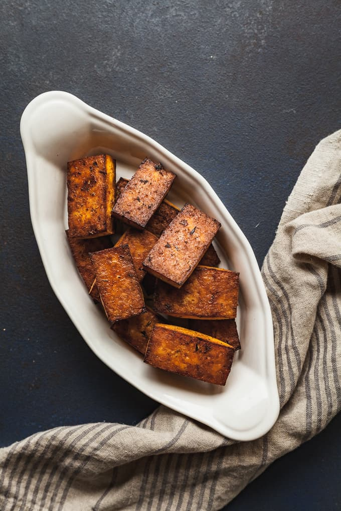 Cajun Tofu - High protein tofu meets spicy cajun seasonings! #cajun #tofu #vegan #vegetarian #dinner #easy #healthy #baked #spicy