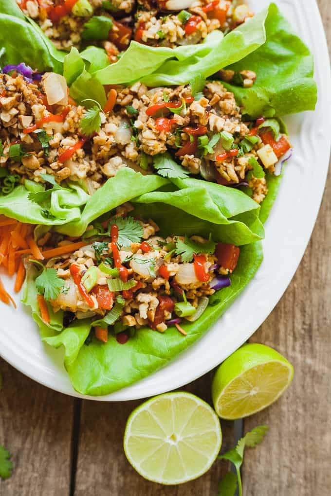 Healthy Vegan Lettuce Wraps - A healthy dinner idea that comes together fast! #15minutemeal #fast #easy #recipe #vegan