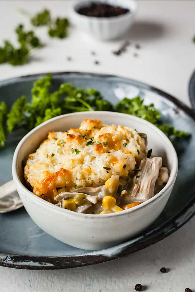 Biscuit Topped Vegetarian Pot Pie - Easy, healthy, and meatless! Use canned jackfruit in place of chicken for a vegetarian version that will blow you away! #dinnerideas #vegetarian #healthy #easy #comfortfoods