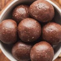 chocolate peanut butter protein balls