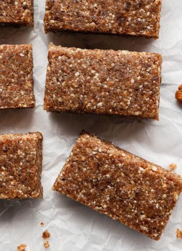 pecan pie larabars cut into squares