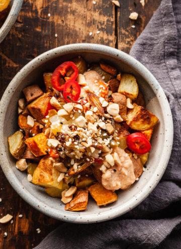 crispy potato bowl with thai tofu sauce