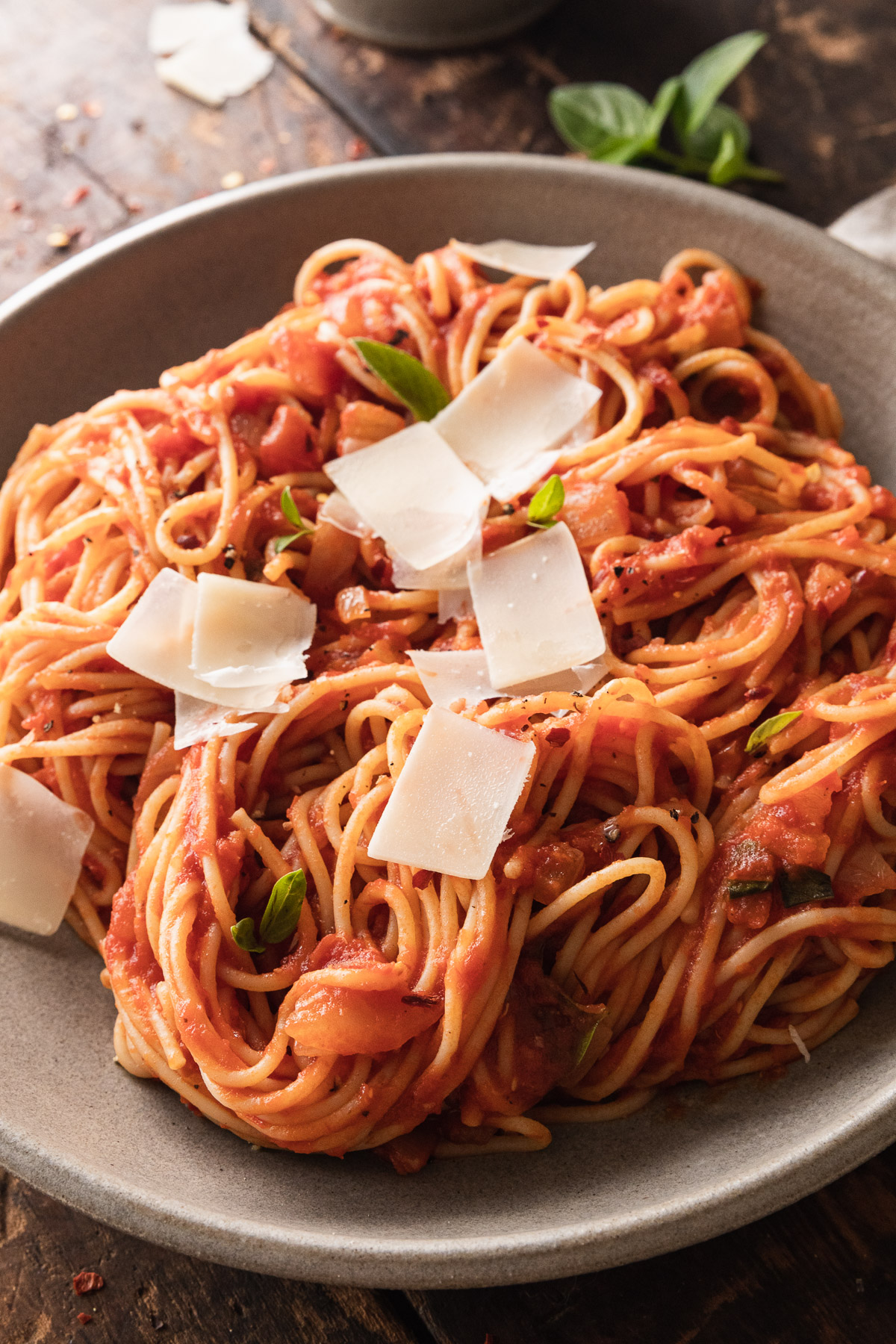 close up image of spaghetti arrabbiata in dish