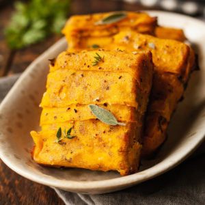 thanksgiving baked tempeh on a platter